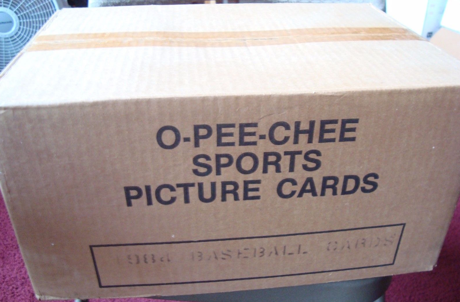 1984 O-Pee-Chee Baseball Cards Unopened Vending Case