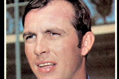 1971 Topps Floyd Wicker Has Lipstick on Its Collar